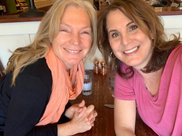 Low res Sarah & Susanne
